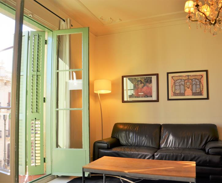 Holiday apartment for rent in Barcelona city (Eixample ...