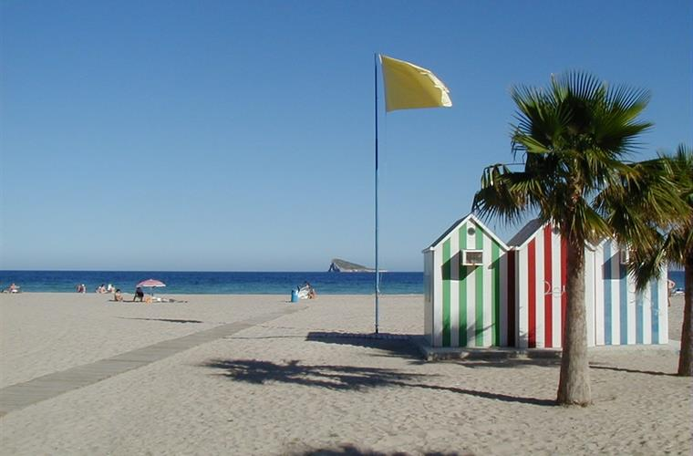 the Costa Blanca enjoys some of Europe's best (cleanest) beaches