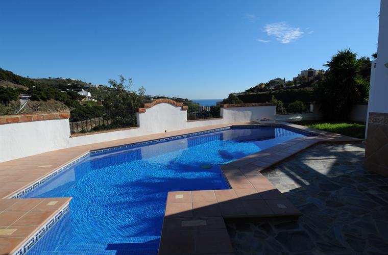 Holiday Villa For Rent In Nerja Tamango Hill Nerja Vacation Villa 31627