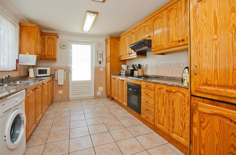 Fully equipped Kitchen - Villa Antonio