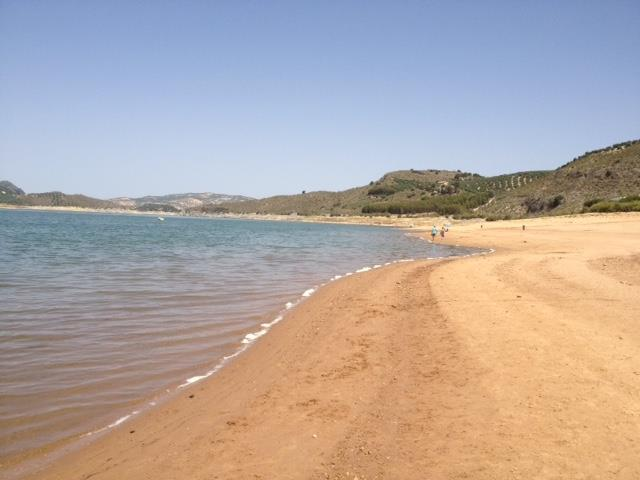 Beach at lake Iznajar with water activities approx 30 mins in car