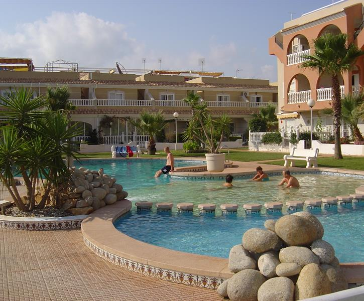 Superb 1st Floor apartment overlooking El Divino pool