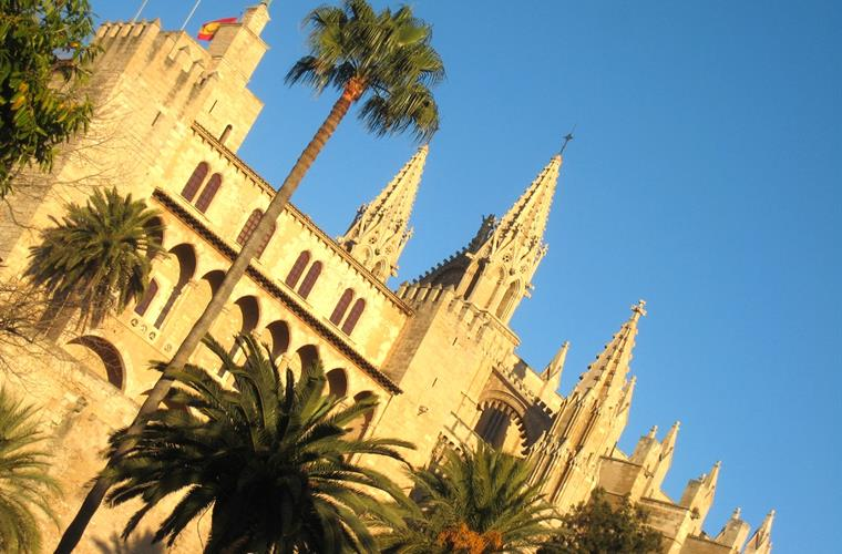 Stunning Palma Cathedral - only 15 mins drive