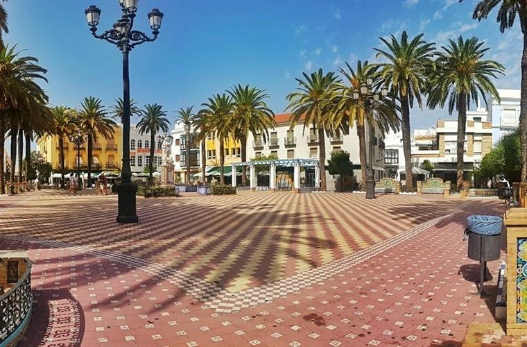 Laguna square in the local town of Ayamonte