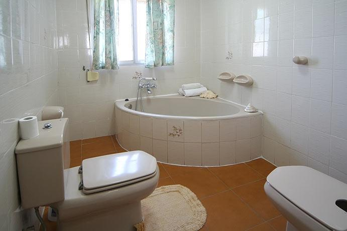 Palma bathroom with bath, bidet and separate washing room