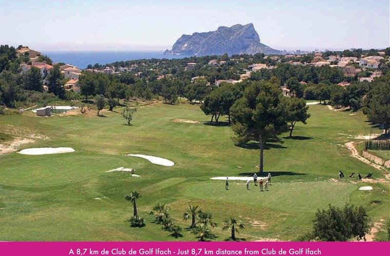 Just 8,7km distance from Ifach Golf Club