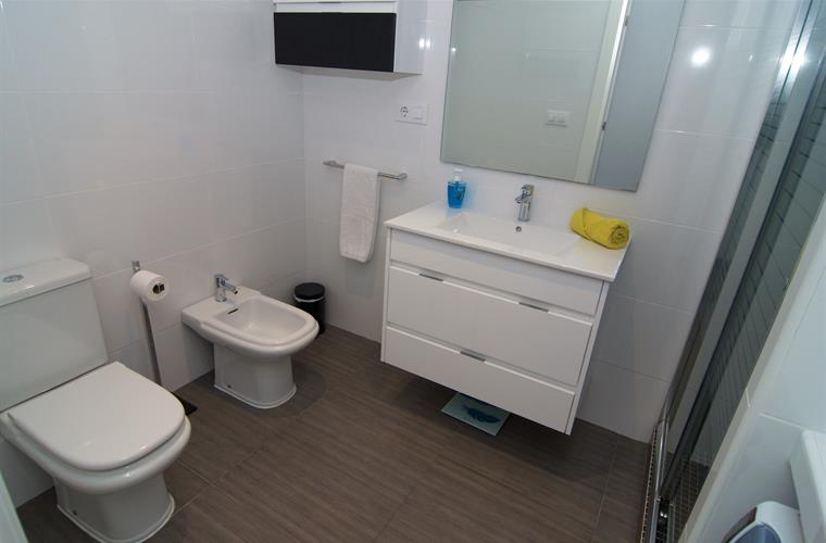 Complet bathroom