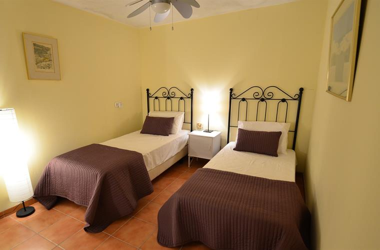 Twin room in Annexe
