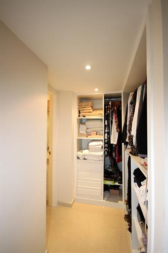 wardrobe masterbedroom