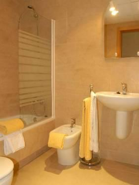 Bathroom with Bath & Bidet