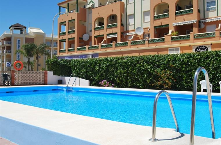 Holiday Apartment For Rent In Nerja Torrecilla Beach Nerja Vacation Apartment 48569