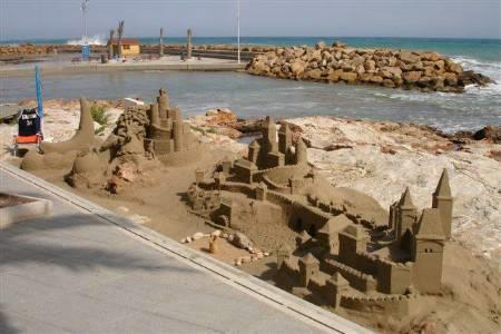 sand sculptures in Torrevieja