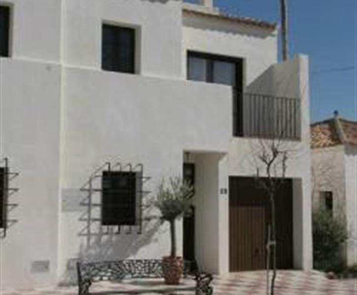 Holiday rentals in fuente de piedra villas apartments - Fuentes de piedra ...