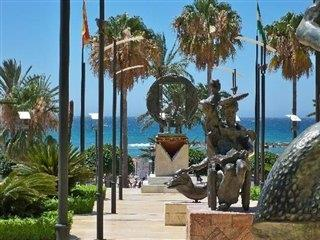 boulevard Marbella with sculptures