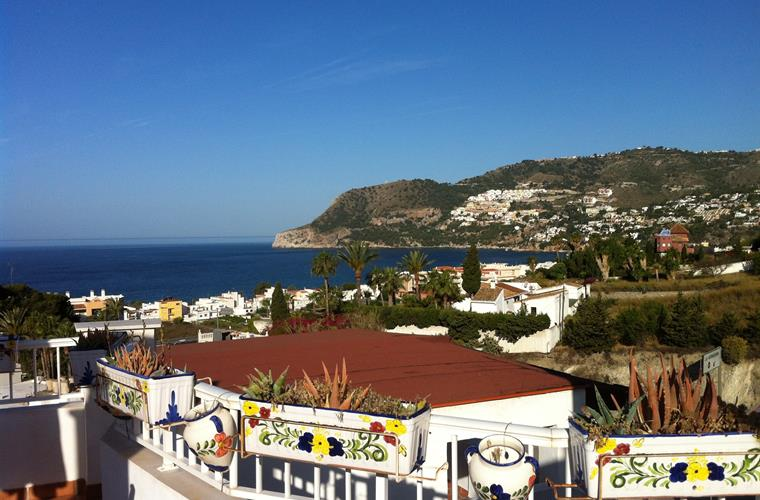 Overlooking the bay of La Herradura