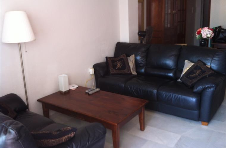 Living room with dining and sitting area. (incl. WiFi, TV, CD / DV