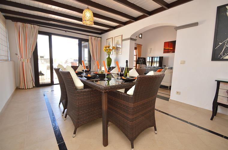 Quality & spacious internal dining area for cooler evenings.