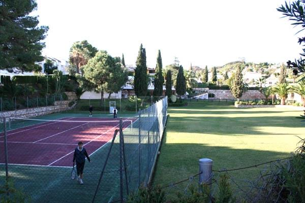Tennis in common area