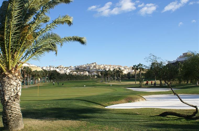 Local La Marquesa golf course with apartment in the background