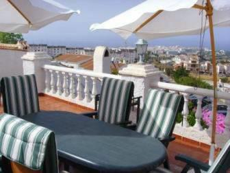 Villa for rent in Nerja with roof terrace