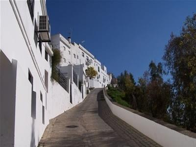 Arcos de la Frontera, a white washed village. Worth a visit
