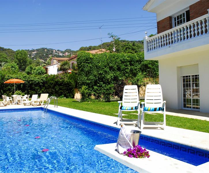 Enjoy this villa with family and friends.
