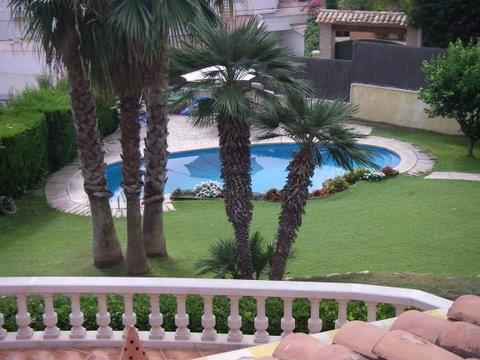 pool from upper balcony