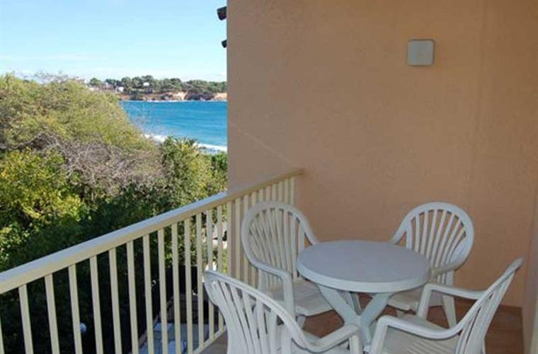 Balcony with sea view (type Costa Brava)