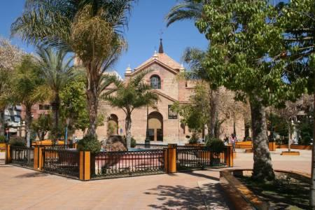 Torrevieja square - 10 mins away