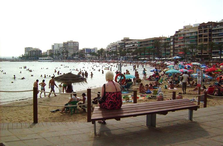 1 of 4 beaches at torrevieja. 5-10 minutes drive away