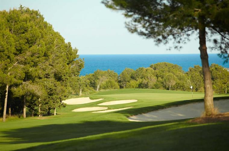 Golf Club Lumine, near Villa Regine
