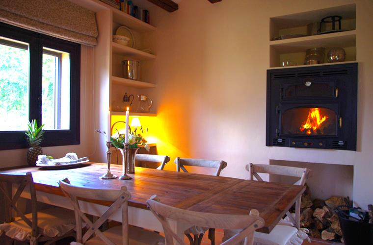 dining area with wood burning oven