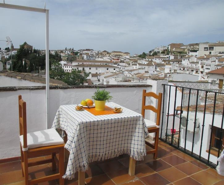 Private Roof Terrace with lovely views over Ronda sites