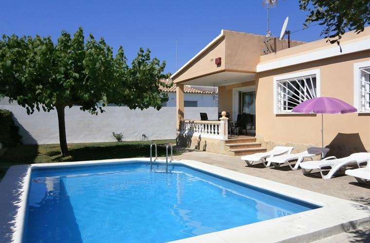 Holiday villa for rent in Vinarós (Zona Triador) - Vinarós vacation ...