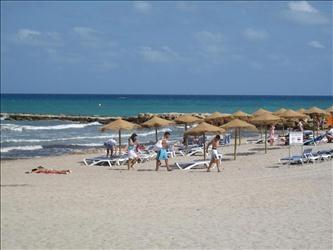 Beaches of El Campello, just 5 minutes away.