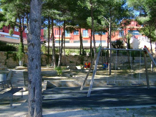 Play area Lirios 1 km away
