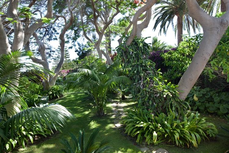 Lavish gardens give taste of nostalgy