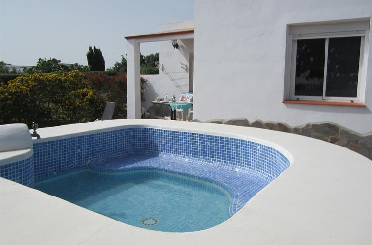 Your own relaxing private plunge pool. Three steps to the patio.