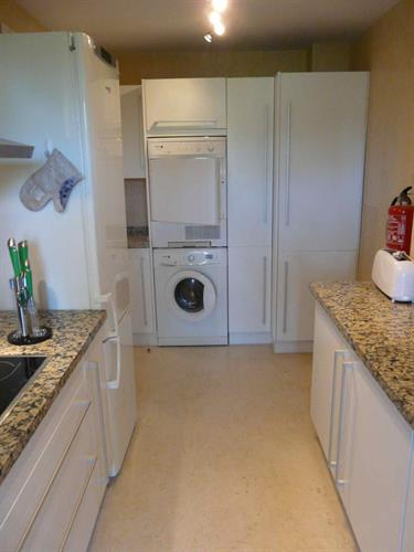 Kitchen 3 with washing machine and tumbler