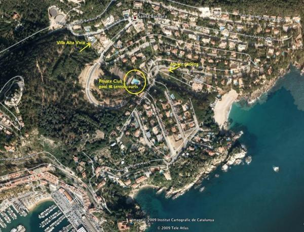 Location of Villa, Club & beach