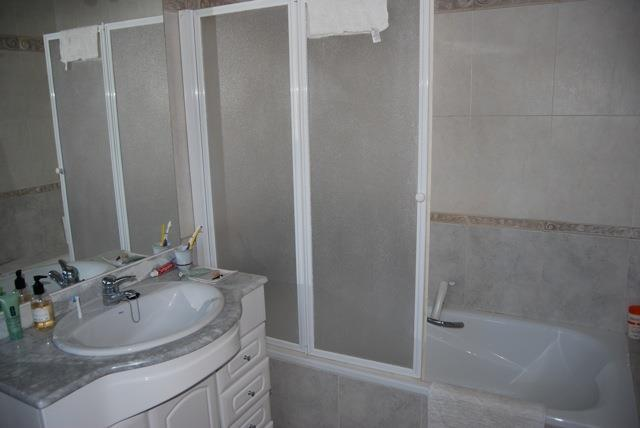 En-suite bathroom from master bedroom