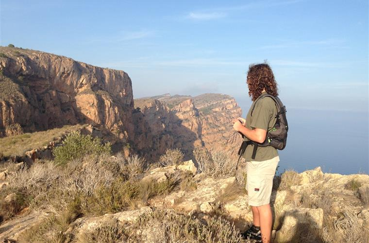 Famous walk over the Sierra de Helada from Albir to benidorm