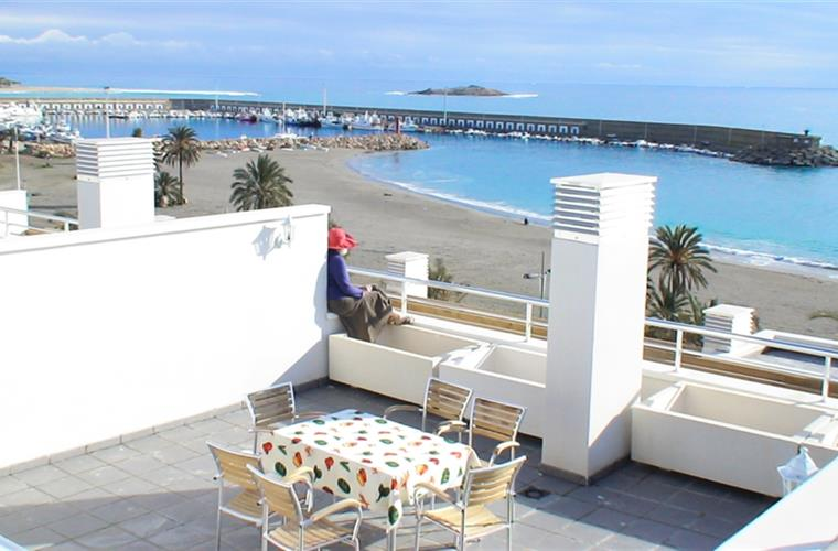Terrace no3, Totally Private.
