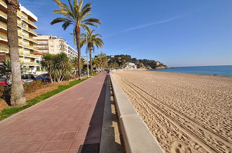 Lloret de Mar's central beach, 1 min by walk from the apartment